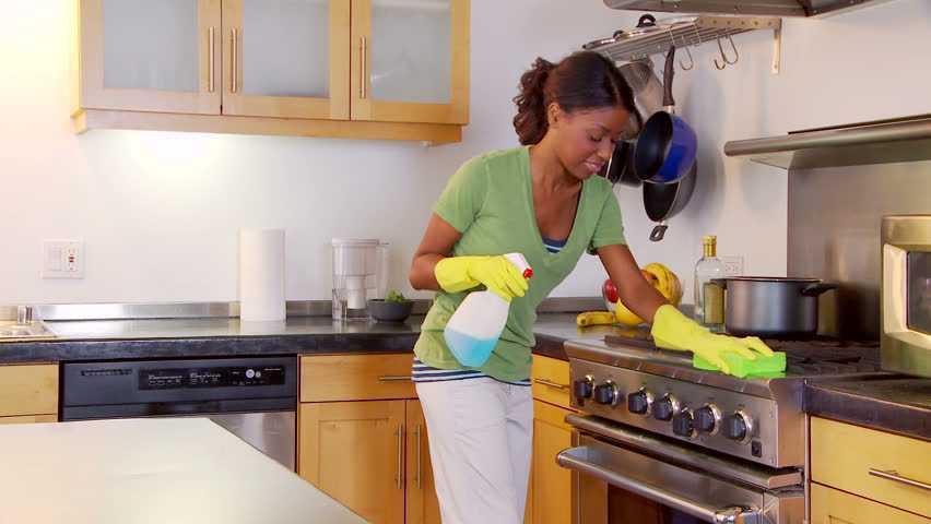 شركه تنظيف مطابخ وازاله الدهون بام القيوين